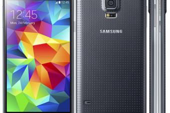 SamsungがGalaxy S5とHTC One (M8)を比較