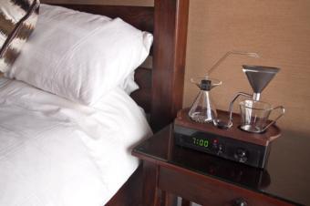 コーヒーメーカー付き目覚まし時計