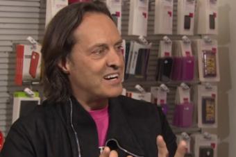 T-MobileがSprintの新プランを「詐欺」と批判