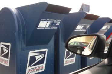 アメリカンな郵便ポスト
