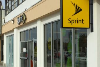 Sprint:乗り換えてくれるならいくらでも払う
