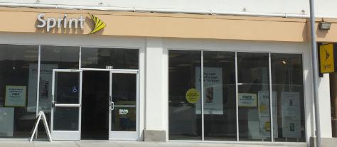 SprintがAT&TとDirecTVの合併を祝う