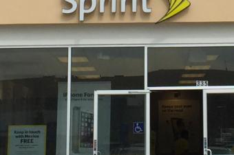 Sprintが無制限プランを値上げ