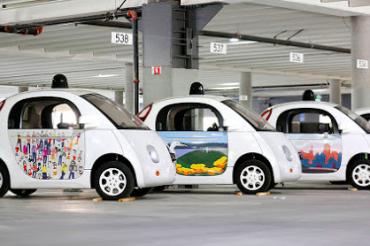 Googleの自動運転車が警官に止められた