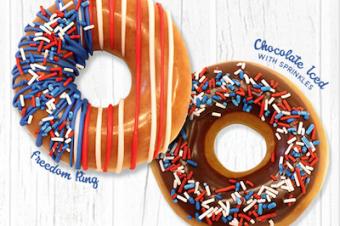 独立記念日を意義深いドーナツで祝う