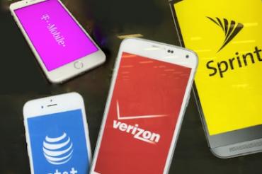 次期iPhoneはキャリアを脅かす