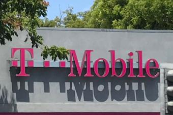 T-Mobileが「アンキャリア」でカスタマーサービスを改善