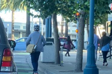 SFの電動スクーターは4社に許可