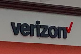 VerizonがまたSIMロックをかける