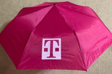 T-Mobileが火曜日に傘をくれた