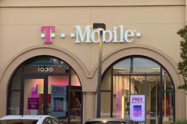 T-MobileがVerizon/AT&Tの5Gを批判