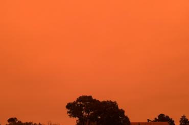 ベイエリアの空が赤くなった