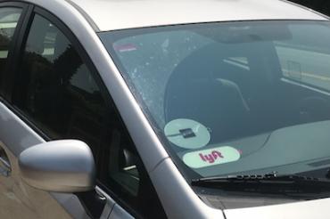 住民投票ではUber/Lyftのドライバーは請負