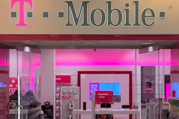 T-Mobileが1回線永久無料